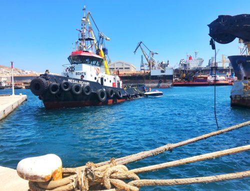 Επιχείρηση διάσωσης σκάφους ανοιχτά της Σύρου